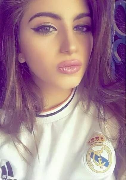 Aficionada hermosa gilr fan Real Madrid 2017